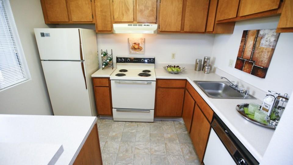 The Retreat At Austin Bluffs Apartments, 4675 TEMPLETON PARK CIR, Colorado  Springs, CO   RENTCafé